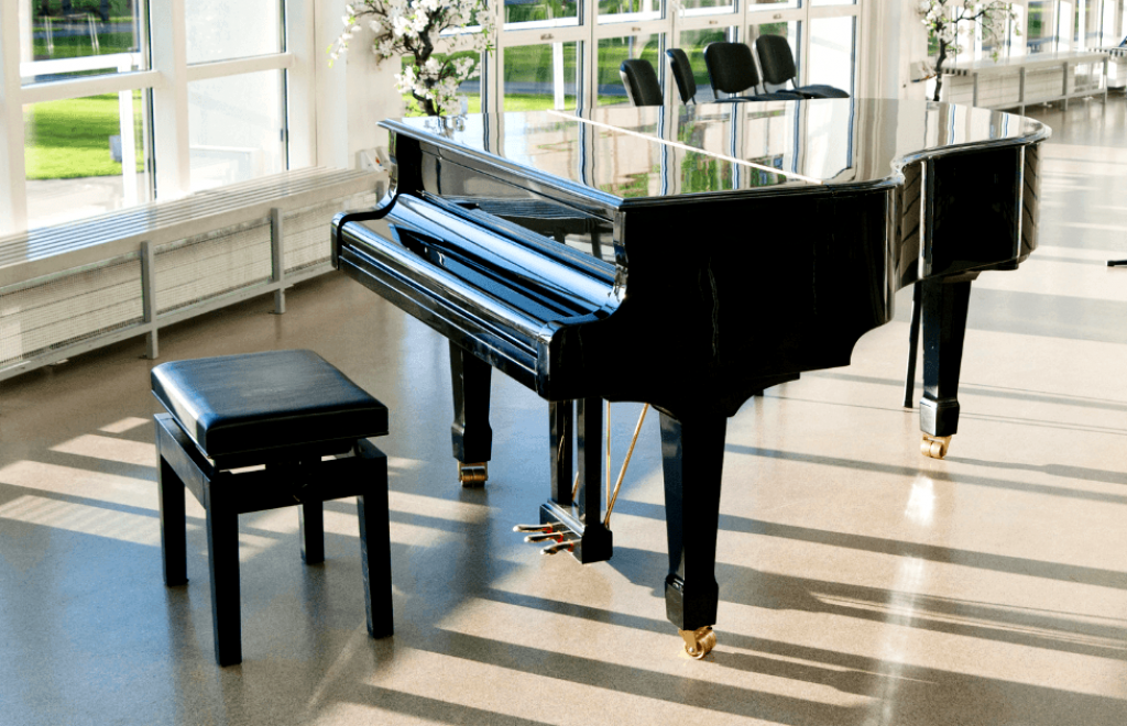 10 Best Piano Benches — Play Your Instrument With Comfort!