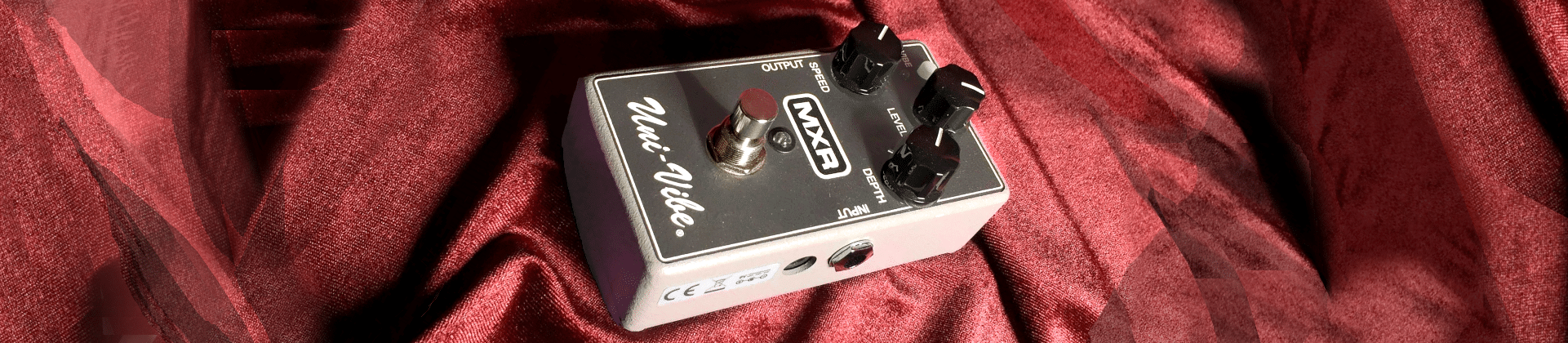 Best Vibrato Pedals - Reviewed in Detail [Feb. 2020]