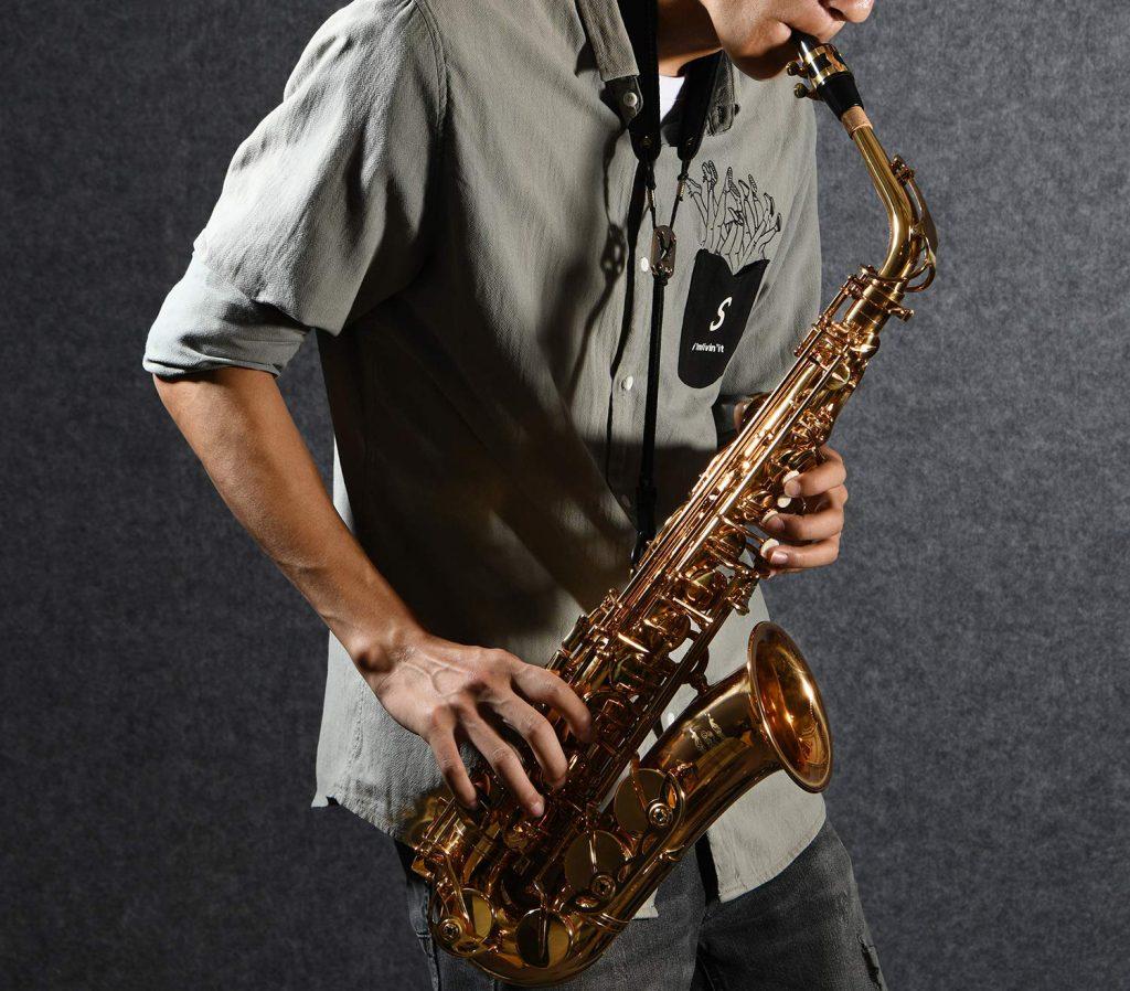 5 Wonderful Beginner Saxophones - Great Instrument to Start Learning
