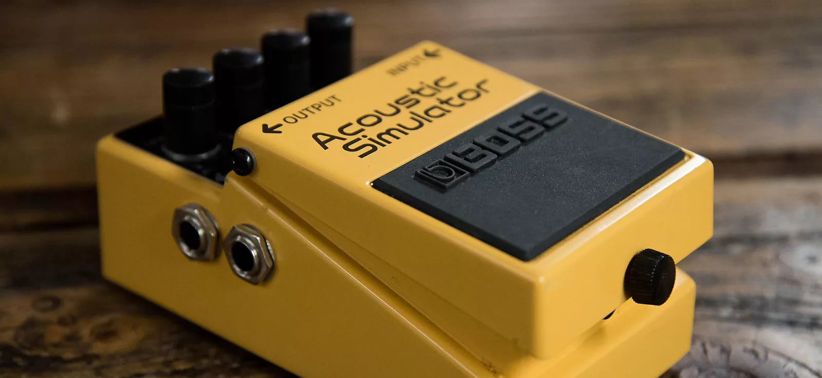 Best Acoustic Simulator Pedals Reviewed in Detail [Jan. 2020]