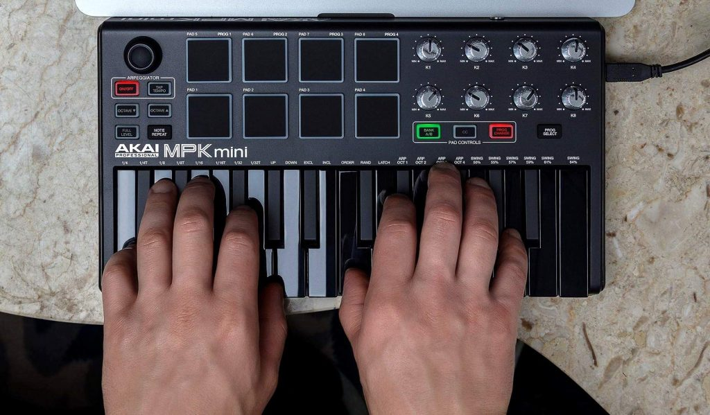 8 Best MIDI Controllers for Beginners - Music Without Limits