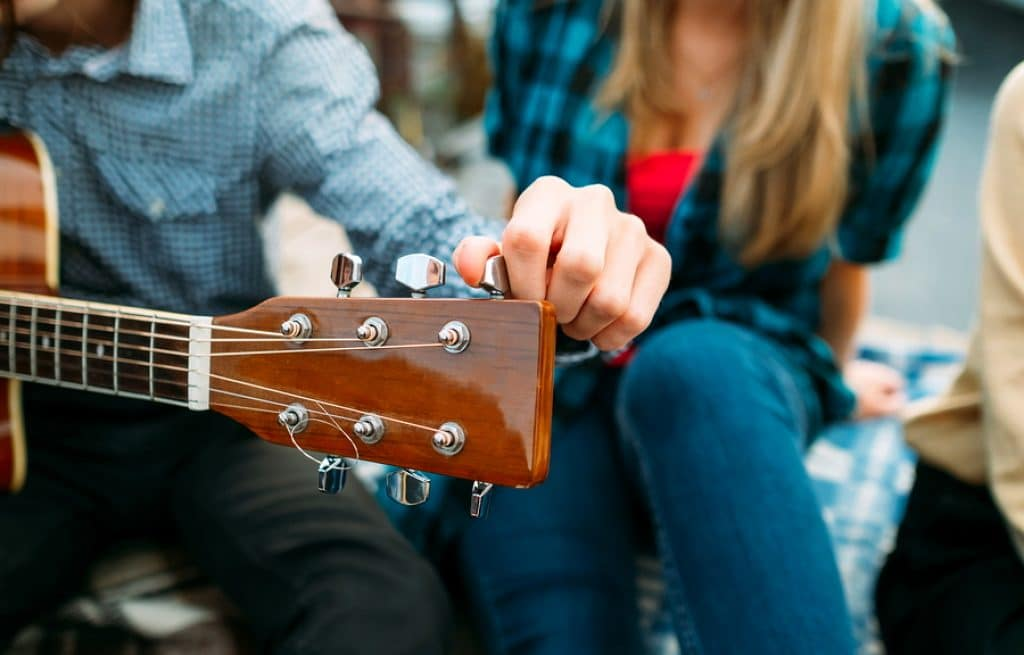 How to Tune a Guitar: Everything You Need to Know