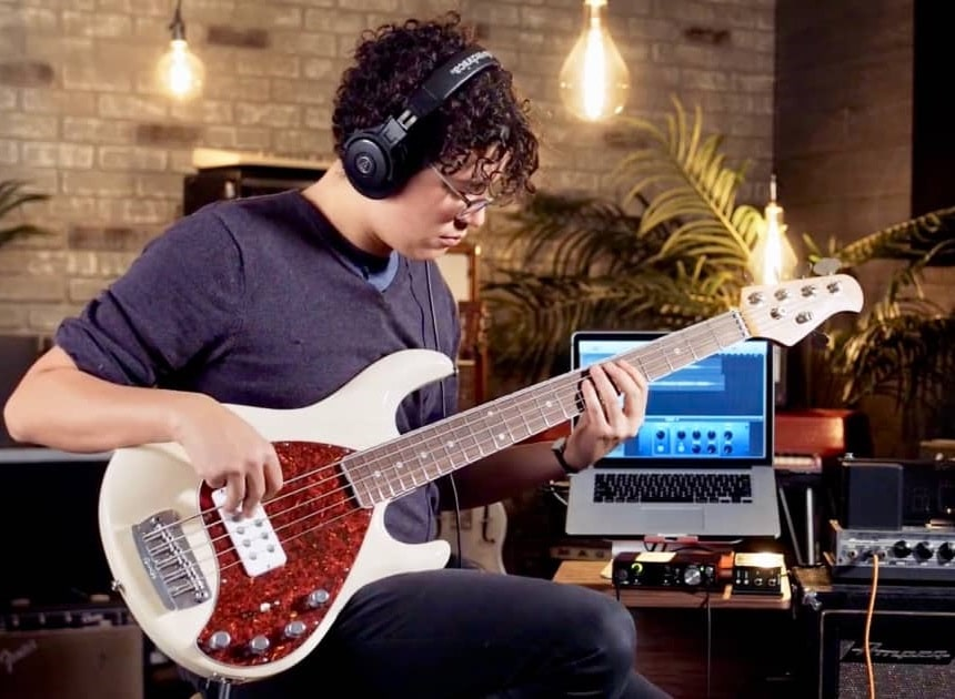 How to Record Bass Guitar Like a Pro
