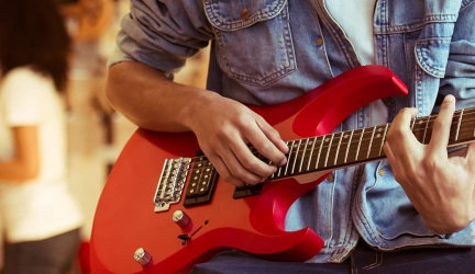 5 Amazing Electric Guitar Packs For Beginners – Take It All for Your Music Career